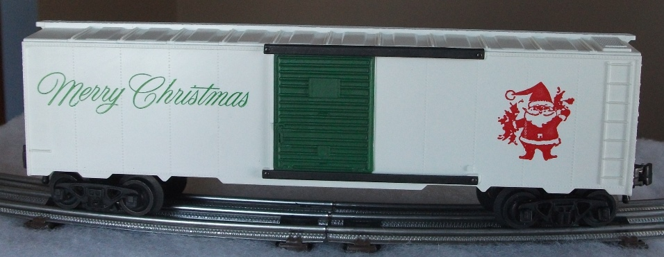 Kris white Merry Christmas boxcar with green lettering